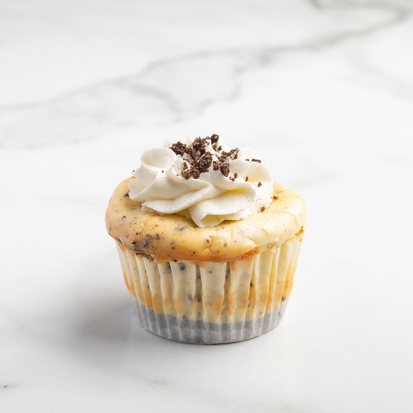 Cookies and Cream Cheesecake - Standard
